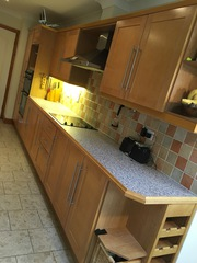 Kitchen units oak shaker in great condition