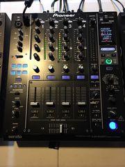 2 Pioneer Cdj 2000   Pioneer Djm900 Nexus Mixer